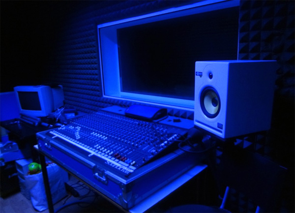 Affitto sala prove sala danza studio di registrazione e sala teatrale a roma la compagnia - Sala insonorizzata ...
